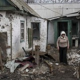 Đông Ukraine khánh kiệt sau một năm nội chiến