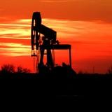 Gỡ bỏ lệnh trừng phạt chống Iran có thể làm sụt giảm giá dầu