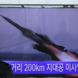 Giận dữ Mỹ - Hàn, Triều Tiên phóng 4 tên lửa tầm ngắn