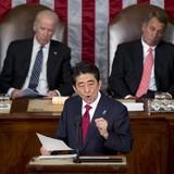 """Ông Abe sang Mỹ, Trung Quốc theo dõi Nhật """"nhất cử nhất động"""""""