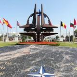 Tướng NATO lo về khả năng Nga sử dụng vũ khí nguyên tử