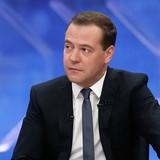 """Thủ tướng Medvedev: Nước Nga dư sức """"tự nuôi sống mình"""""""
