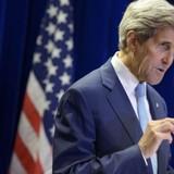 """Ngoại trưởng Kerry: """"Trung Quốc và Nga chắc là đã đọc lén email của tôi"""""""