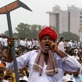 """Ấn Độ: Nửa triệu """"dân giàu"""" biểu tình đòi thêm quyền lợi"""