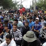 EU phân bổ khẩn cấp 1 tỷ euro cho người tị nạn chưa vào Châu Âu