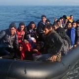The Times: EU có kế hoạch trục xuất 400.000 người nhập cư bất hợp pháp