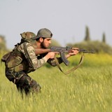 Mỹ thả dù đạn dược tiếp tế phiến quân Syria