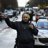 Cảnh sát Paris bắn chết nghi phạm tấn công đồn cảnh sát