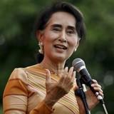Myanmar tiệc mừng chia tay Quốc hội cũ