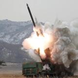Ông Kim Jong Un ra lệnh sẵn sàng dùng vũ khí hạt nhân