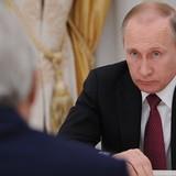 """Điện Kremlin: Hoa Kỳ xin lỗi ông Putin về các xì-căng-đan """"công ty bình phong"""""""