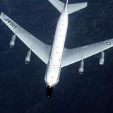 """Không quân Mỹ """"đe dọa máy bay dân sự Nga"""" khi bay sát biên giới"""