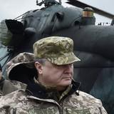 Tổng thống Ukraina Poroshenko đe dọa không kích Nga