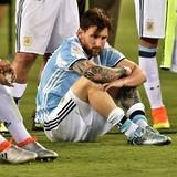 Danh thủ Messi và cha bị kết án 21 tháng tù giam vì tội trốn thuế