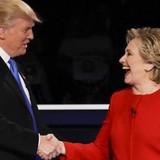 """Ông Trump: """"Bà Clinton chỉ toàn nói, mà không làm gì!"""""""