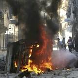 Syria: Aleppo bị không kích và bom thùng