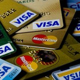 """Nhân viên ngân hàng nói gì về câu chuyện """"mất thẻ tín dụng là mất sạch tiền""""?"""