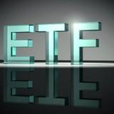 """""""Gieo quẻ"""" danh mục quý IV của hai quỹ ETF"""
