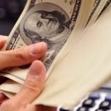 Tài chính 24h: Cần trần lãi suất để chống cho vay nặng lãi, Chính phủ cấp tập đi vay
