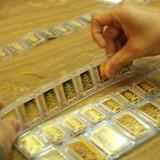 Giá vàng SJC quẩn quanh mốc 33 triệu đồng/lượng