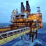 Doanh nghiệp 24h: Giá dầu rớt 1 USD, PVN thất thu cả ngàn tỷ đồng