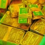 """Tài chính tuần qua: Vàng SJC một chữ bị """"hắt hủi"""", vào ngân hàng khó như thi sắc đẹp"""