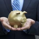 Tài chính 24h: Lương thưởng ngân hàng có thực sự cao?