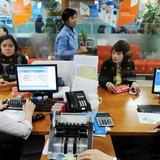 """Tài chính 24h: Đâu là """"miếng bánh ngon"""" ngân hàng Việt đang muốn giành?"""