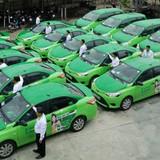 """Doanh nghiệp 24h: Sếp Mai Linh hứa tăng cổ tức nếu """"đuổi được Uber, Grab ra khỏi Việt Nam"""""""