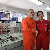 Rosneft Chairman Visits Exploration Well Offshore Vietnam