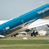Japan's ANA Buys 9% Stake of Vietnam Airlines