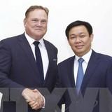 [Round-up] Foreign Firms in Vietnam Post $8.34 Billion Trade Surplus, Canadian Biz Welcomed