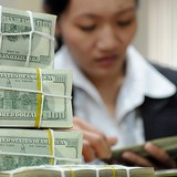 HSBC Names Vietnam's Economic Risks