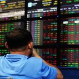 Vietnam Stock Market Rocked as Trump on Course to Win U.S. Presidency