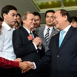 Vietnam PM Seeks Boost from Businesses Community