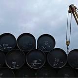 Giá dầu tăng mạnh do tồn kho ở Mỹ giảm kỷ lục