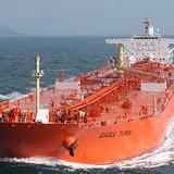 Giá dầu tăng mạnh do Arab Saudi và Nga bắt tay giảm nguồn cung đến hết 2017