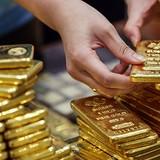 Thêm quan chức Fed lên tiếng, giá vàng lùi về đáy 5 tuần