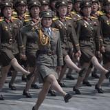 Đồng USD giảm giá khi Triều Tiên dọa tấn công tên lửa Mỹ