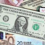 Đồng USD giảm giá do ECB quyết định giữ nguyên lãi suất