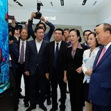 LG Display Puts $1.5-Billion Vietnam Plant into Operation