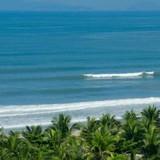 Vì sao giới nhà giàu săn biệt thự nghỉ dưỡng ven biển Bắc Trung Bộ?