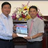 Xuất bản 3.000 cuốn Toàn cảnh đầu tư giao thông Việt Nam