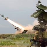 Clip: Quân đội Nga phô diễn sức mạnh tên lửa mới