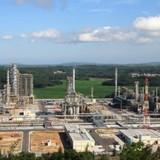 Gazprom mua 49% cổ phần của nhà máy lọc dầu Dung Quất