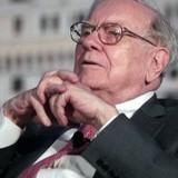 Warren Buffett đã bán tháo cổ phần trước khi Tesco lỗ lịch sử