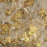 """Tịch thu hơn 1,5 tấn quặng vàng """"vô chủ"""" bên bờ sông"""