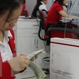 Nhiều ngân hàng thương mại tăng tỷ giá giữa VND và USD