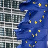 Ủy ban châu Âu kêu gọi Đức tăng đầu tư và Pháp tiếp tục cải cách