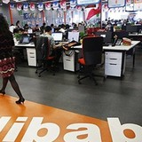 Một loạt hãng đồ hiệu đâm đơn kiện Alibaba